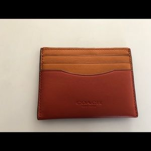 Nwt coach cardholder - has 7 card slots!